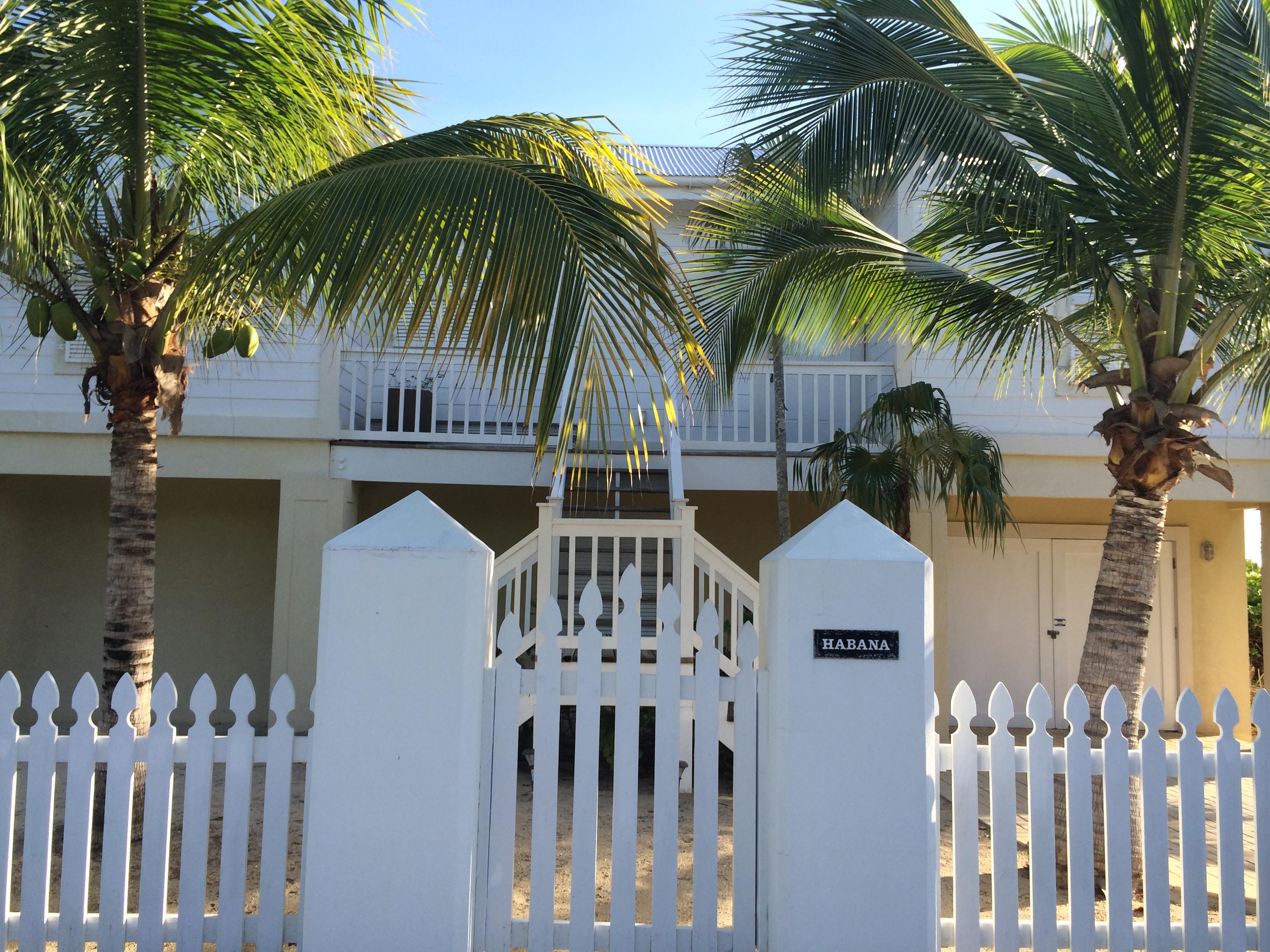 Villa Habana Grand Cayman Island