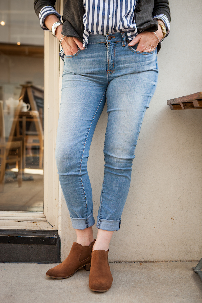 3 French Chic Ways to Wear Your Denim Jeans This Fall