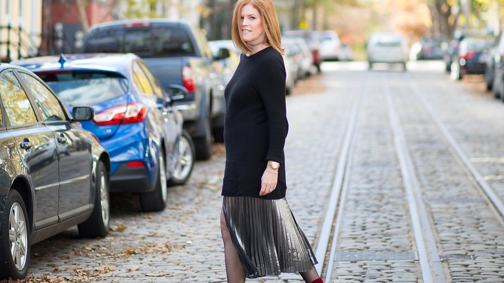 French Chic Holiday Essential: The Metallic Pleated Skirt