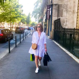 Summer Evening Stroll in Paris
