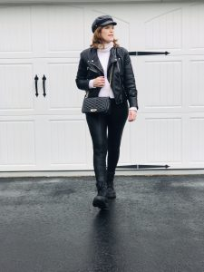 French Chic Winter Essential: Combat Boots