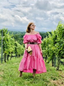 French Girl Summer Style: Pink Puff-Sleeved Cotton Dress