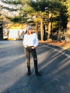 Transitioning into Spring with Levi's 501 Skinny Jeans